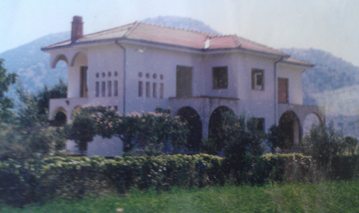 Country House at Trikala City, Leonidas Tzimoziogas Civil Engineer
