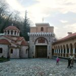 cross-domed-church-in-the-yard-of-the-monastery-of-St.-Dimitrios-KaritsaLarissa-prefecture-reduced.jpg