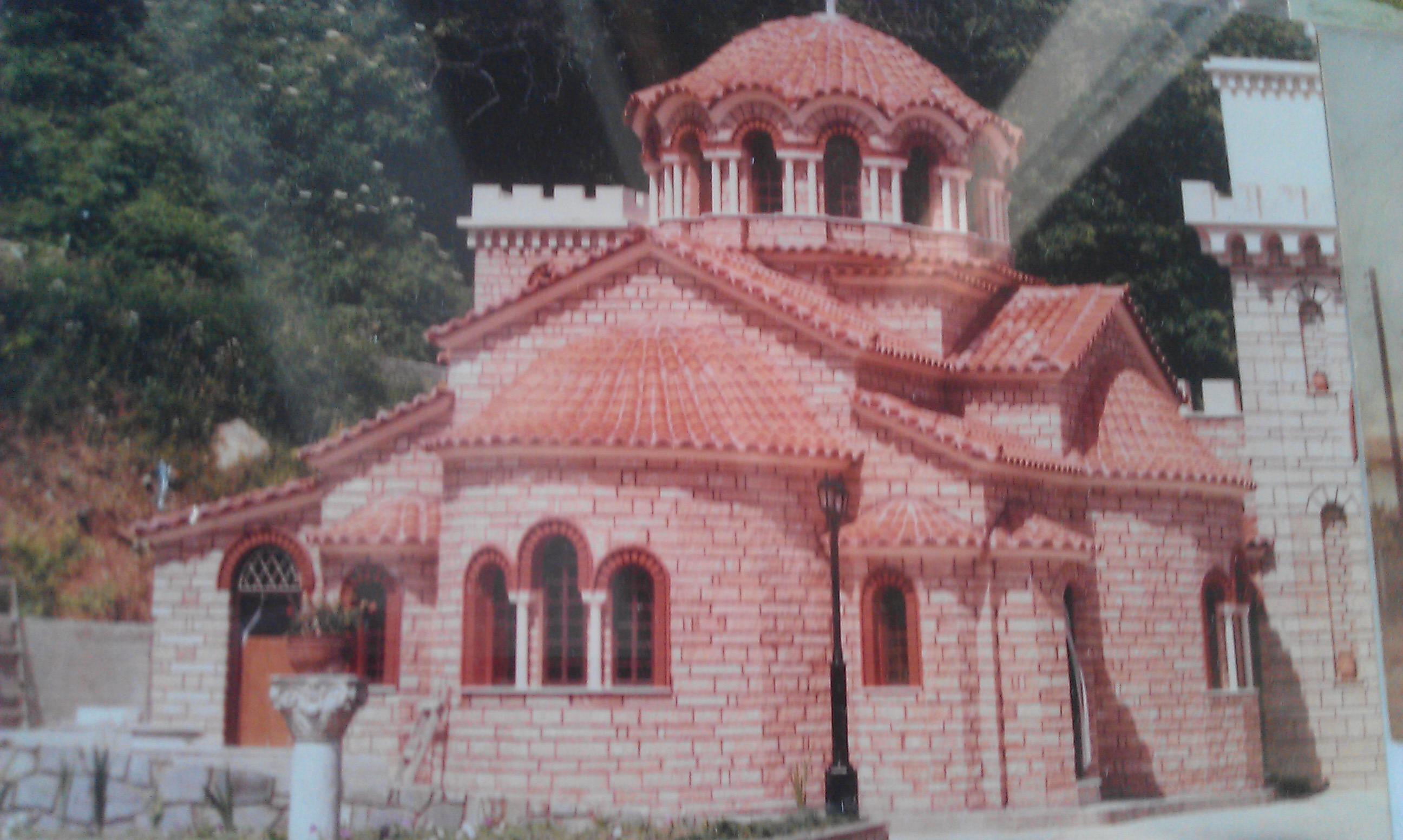 cross-domed-church-in-the-yard-of-the-monastery-of-st-dimitrios-karitsalarissa-prefecture